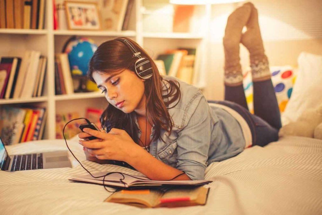 Adolescente en habitaciones juveniles